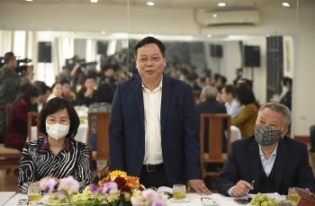 Phó Bí thư Thành ủy Nguyễn Văn Phong: Tạo điều kiện để nghệ sĩ, diễn viên sống được bằng nghề