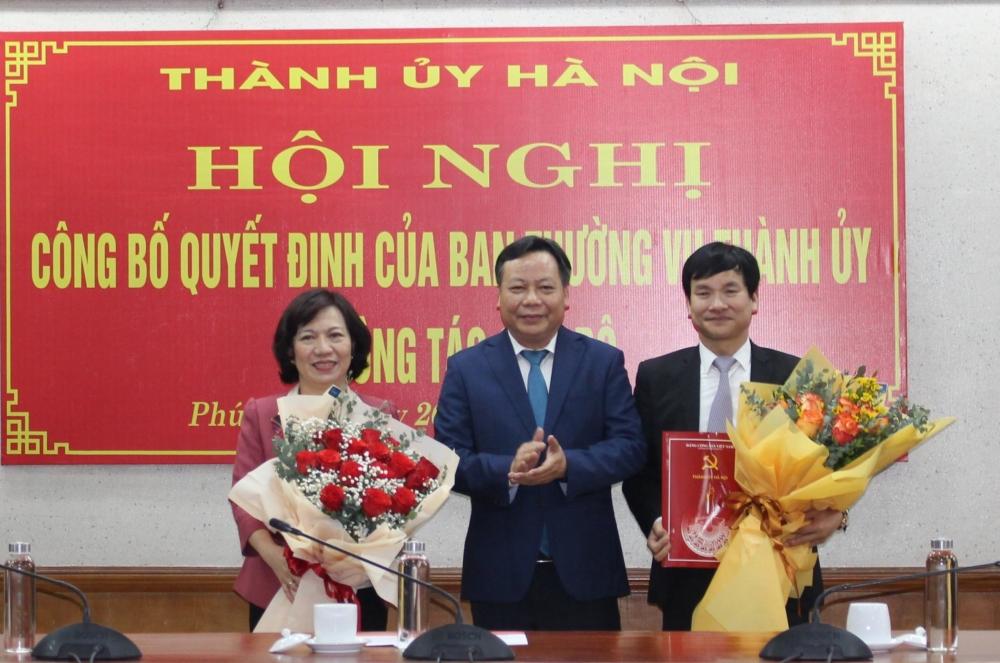 Phó Bí thư Thành ủy Hà Nội trao các quyết định về công tác cán bộ
