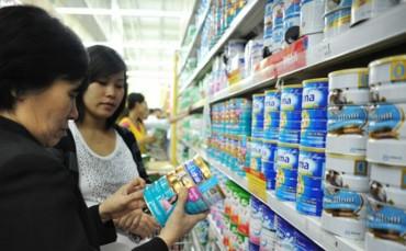 Hà Nội thực hiện bình ổn giá sữa dành cho trẻ em