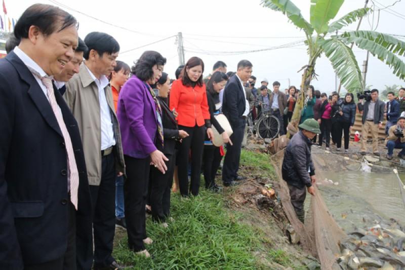 Tập trung huy động mọi nguồn lực cho xây dựng nông thôn mới