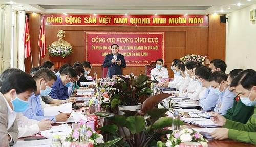 Bí thư Thành ủy Hà Nội: Chú ý bảo vệ sức khỏe và an toàn cho người lao động