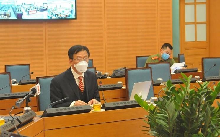 Bệnh viện Bạch Mai: Nhân viên y tế phải ăn thêm mỳ tôm