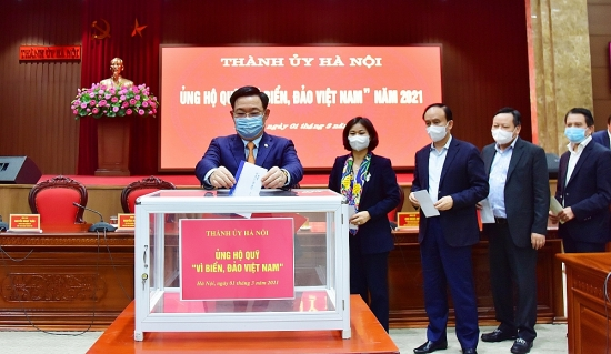 Lãnh đạo Thành ủy Hà Nội ủng hộ Quỹ ''Vì biển, đảo Việt Nam'' năm 2021