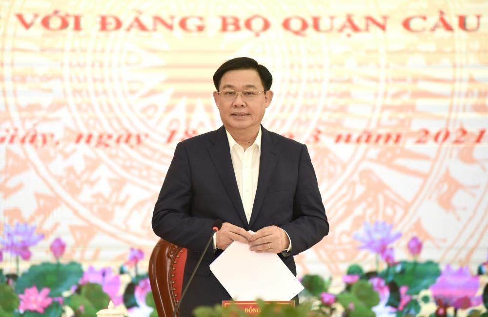 Bí thư Thành ủy Hà Nội Vương Đình Huệ phát biểu kết luận buổi làm việc
