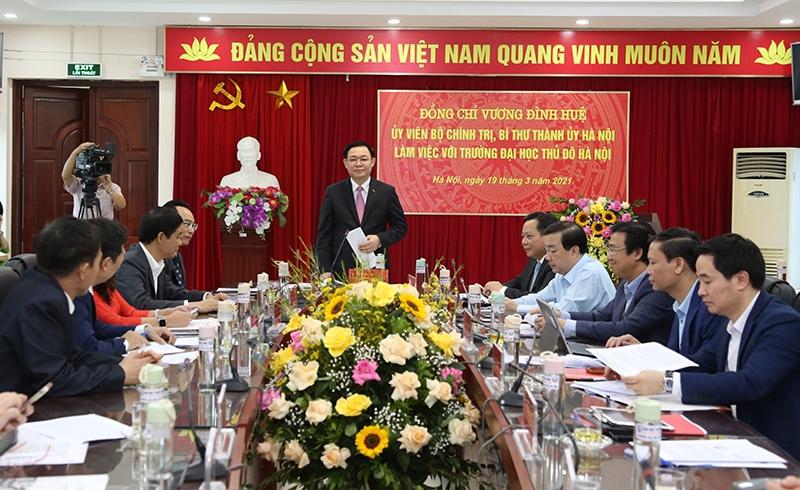 Tạo điều kiện thuận lợi cho Trường Đại học Thủ đô Hà Nội phát triển
