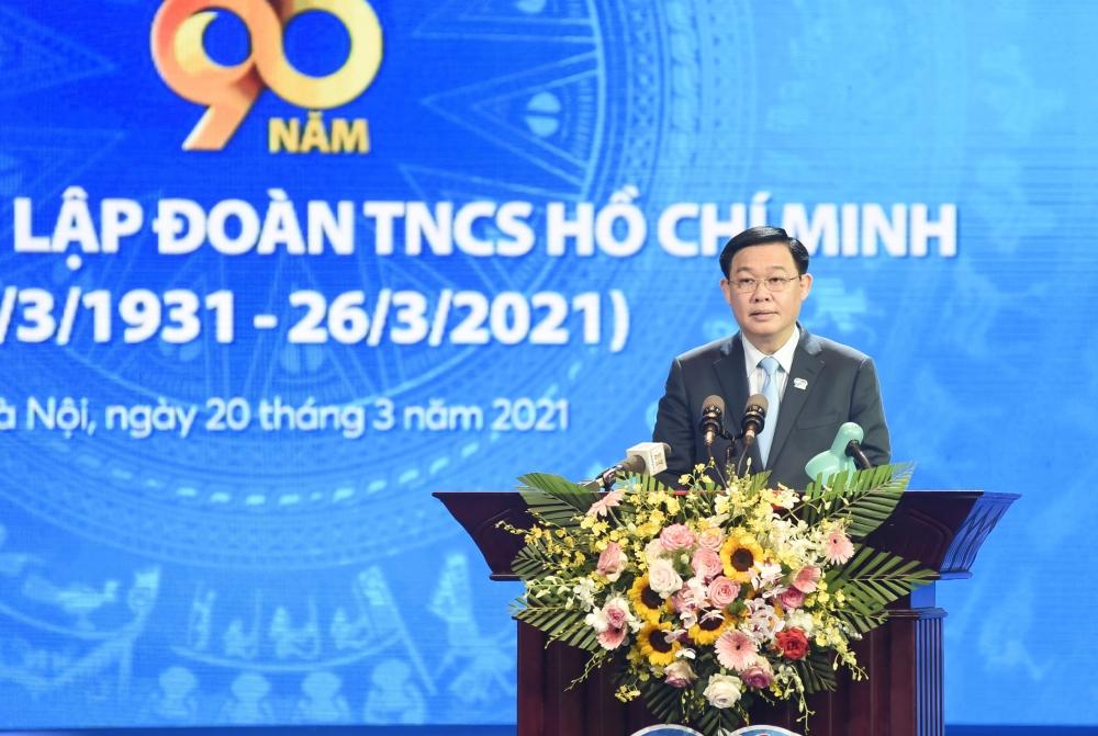 Bí thư Thành ủy Hà Nội vương Đình Huệ phát biểu tại buổi lễ