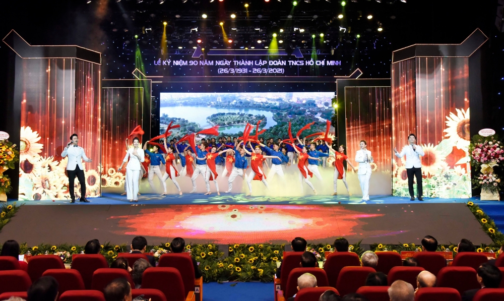 Tiết mục văn nghệ chào mừng 90 năm Ngày thành lập Đoàn Thanh niên cộng sản Hồ Chí Minh