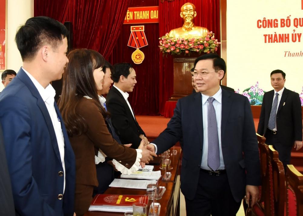 Bí thư Thành ủy Hà Nội Vương Đình Huệ làm việc với cán bộ chủ chốt huyện Thanh Oai