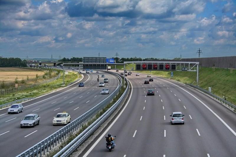 Thủ tướng đồng ý phương án Nhà nước hỗ trợ xây dựng cao tốc Bắc - Nam