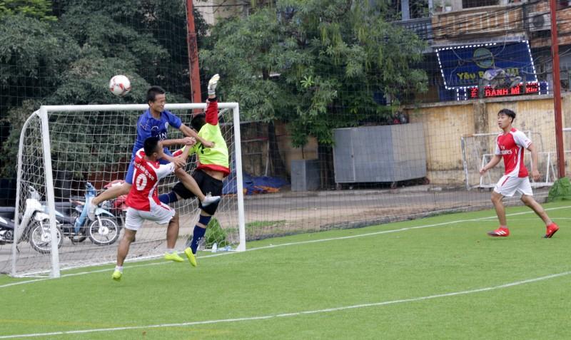 Kết quả ngày thi đấu thứ hai giải bóng đá báo Lao động Thủ đô lần thứ III