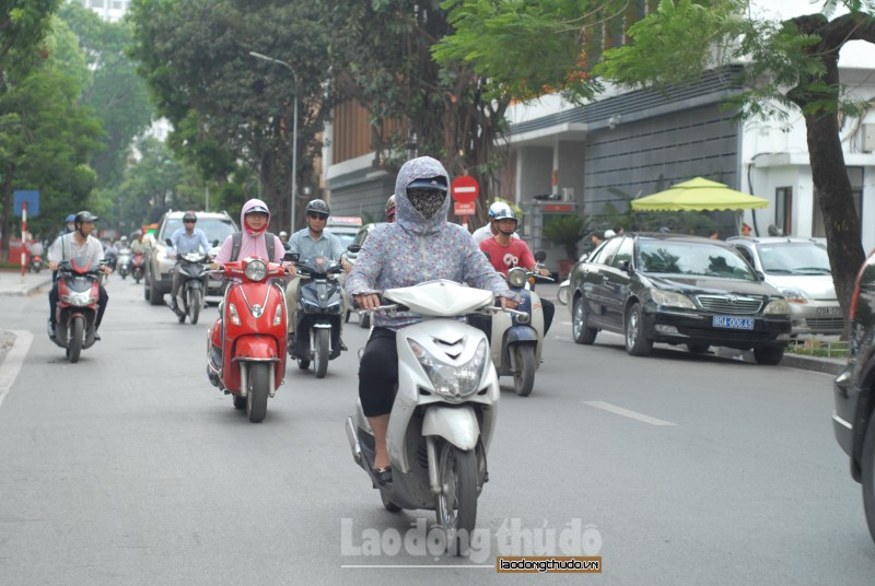 hom nay 194 ha noi nang gat nhiet do len toi 39 do c