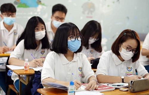 Trở lại trường từ 4/5, học sinh Hà Nội phải đeo khẩu trang từ lúc đi đến lúc về