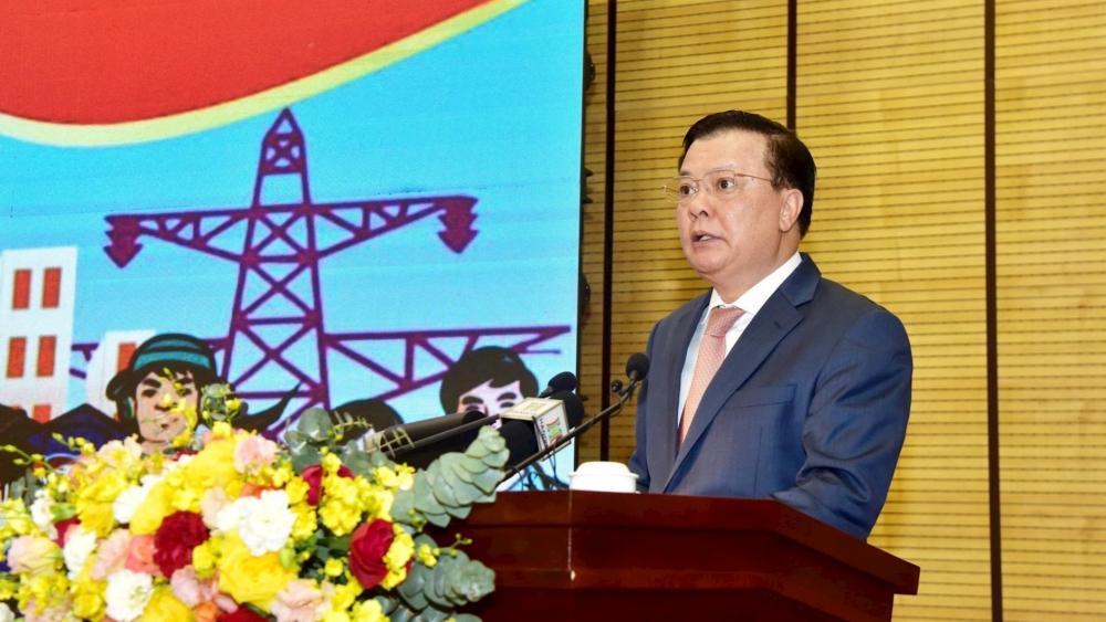 Bí thư Thành ủy Hà Nội Đinh Tiến Dũng phát biểu tại hội nghị