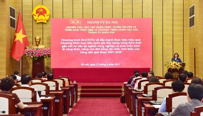 Phó Bí thư Thường trực Thành ủy Hà Nội Nguyễn Thị Tuyến quán triệt nội dung các Chương trình công tác của Thành ủy