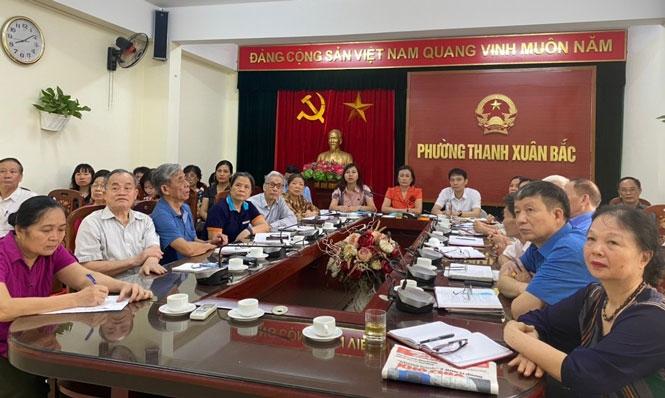 Hình ảnh tại điểm cầu phường Thanh Xuân Bắc tham gia hội nghị trực tuyến