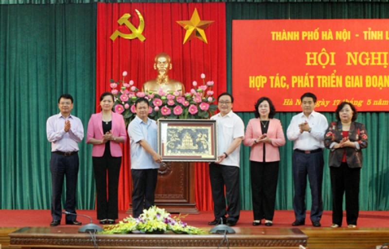 Thúc đẩy hợp tác toàn diện giữa Hà Nội và Lào Cai