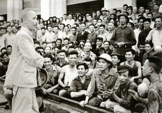 Tư tưởng Hồ Chí Minh với sự nghiệp đổi mới và phát triển, xây dựng Thủ đô Hà Nội ngày càng giàu đẹp, văn minh, hiện đại