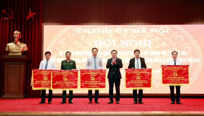 Tuyên dương 130 đảng viên nhân kỷ niệm 130 năm Ngày sinh Bác Hồ