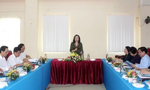 Từng thôn, xã cần có công trình, phần việc cụ thể để chào mừng Đại hội Đảng