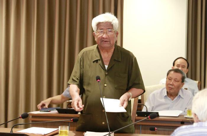 Nguyên lãnh đạo thành phố Hà Nội góp ý vào dự thảo báo cáo chính trị Đại hội XVII