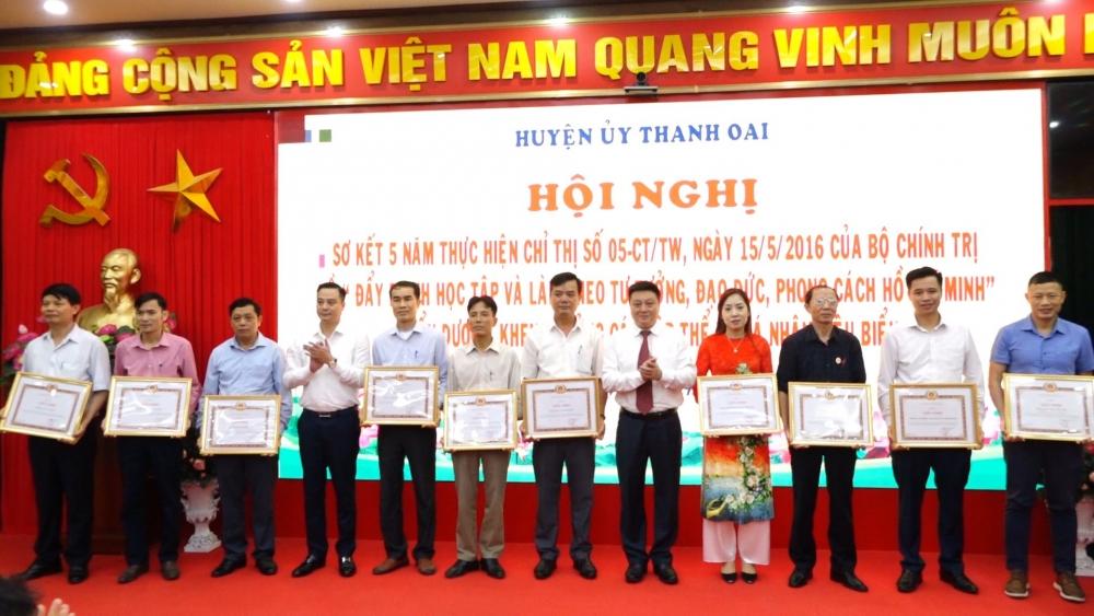 Huyện Thanh Oai: Thực hiện hiệu quả việc học và làm theo Bác