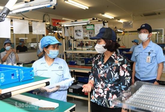 Phó Bí thư Thường trực Thành ủy Hà Nội: Các khu công nghiệp kiên trì thực hiện