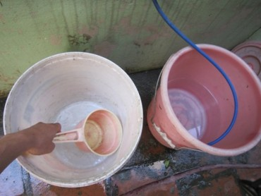 """Cư dân Khu đô thị Đặng Xá """"kêu cứu"""" mất nước sinh hoạt"""
