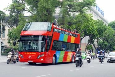 Cùng trải nghiệm cảm giác đi xe buýt 2 tầng đầu tiên của Thủ đô