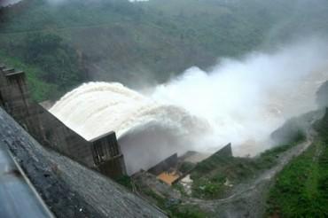 Phòng ngừa sự cố môi trường khi hồ thủy điện xả lũ