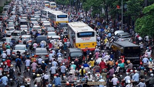 Vận tải hành khách công cộng mới đáp ứng 15,7% nhu cầu của người dân