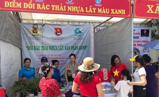 """Gian hàng """"đặc biệt"""" tại Hội chợ du lịch huyện Thanh Oai"""