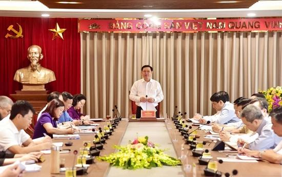 Cần tính đến việc xây thêm sân bay quốc tế ở phía Nam Hà Nội