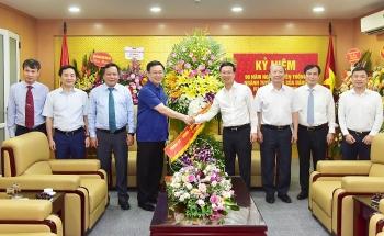 Bí thư Thành ủy Vương Đình Huệ chúc mừng ngành Tuyên giáo của Đảng