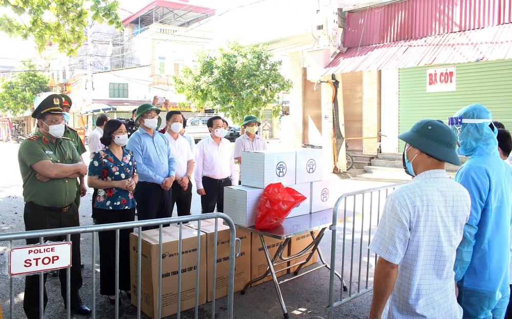 Phó Bí thư Thường trực Thành ủy Hà Nội: Không để sót, lọt người tiếp xúc với ca mắc Covid-19