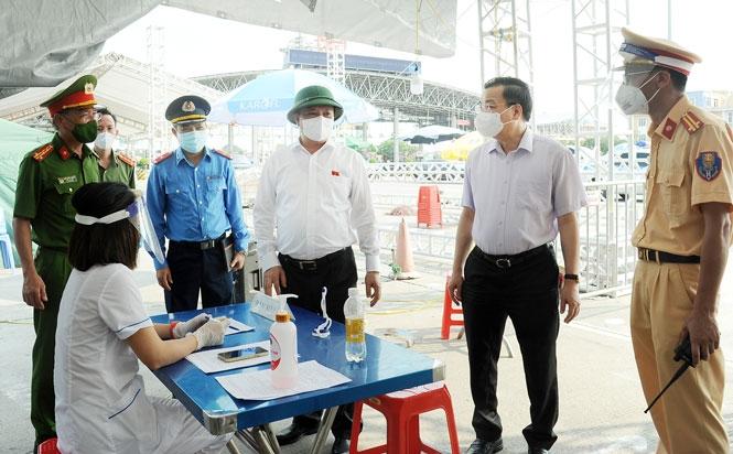 Thành ủy Hà Nội chỉ đạo 6 nhiệm vụ trọng tâm trong công tác phòng, chống dịch Covid-19