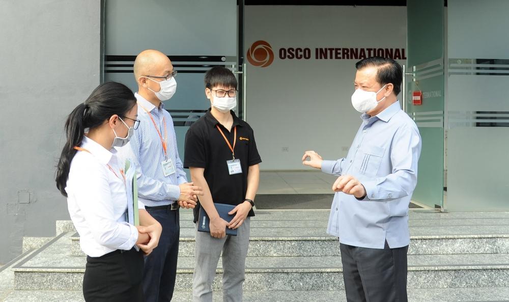 Thành ủy Hà Nội chỉ đạo 12 nhiệm vụ cấp bách phòng, chống dịch Covid-19