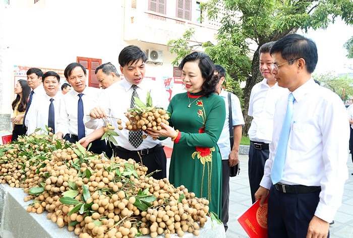 day manh ung dung khoa hoc ky thuat trong phat trien nong nghiep