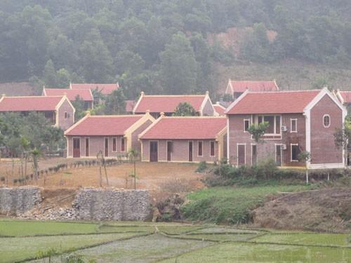 Huyện Ba Vì đề xuất tiếp tục cho khắc phục 50 biệt thự sai phạm