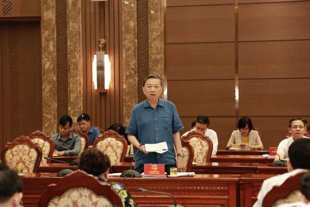 Bộ trưởng Tô Lâm: Hà Nội cần làm tốt quy hoạch và công bố công khai