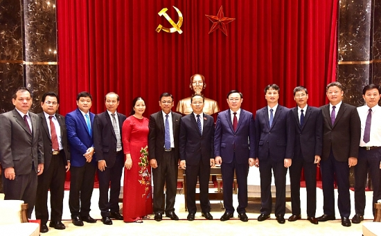 Bí thư Thành ủy Vương Đình Huệ tiếp Đại sứ Campuchia