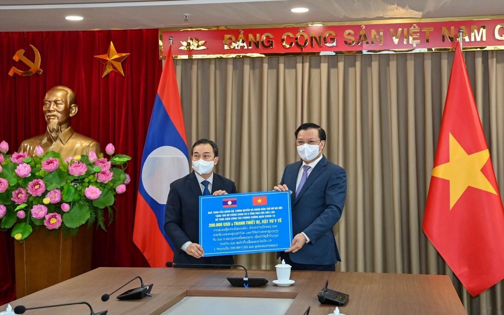 Thủ đô Hà Nội hỗ trợ Thủ đô Viêng Chăn ứng phó dịch Covid-19