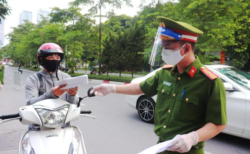 """Hà Nội: Sau ngày 6/9, tiếp tục giãn cách """"vùng đỏ"""", còn lại áp dụng cao hơn Chỉ thị 15"""