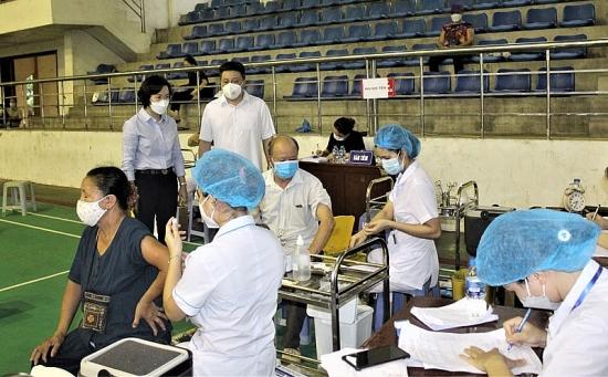 """Huyện Thanh Oai cần chuẩn bị tốt để hoàn thiện """"hộ chiếu vắc xin"""""""