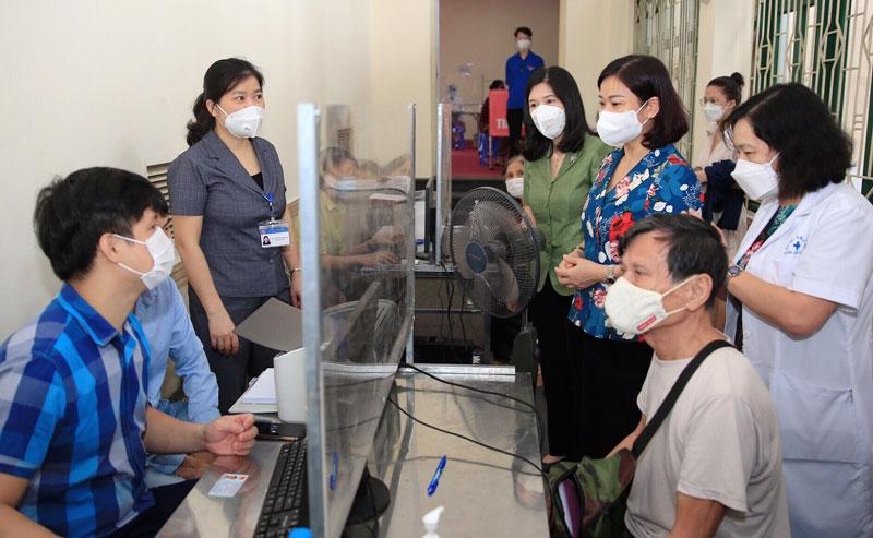Kiểm soát chặt để tránh tâm lý chủ quan sau khi hoàn thành tiêm vắc xin phòng Covid-19  mũi 1