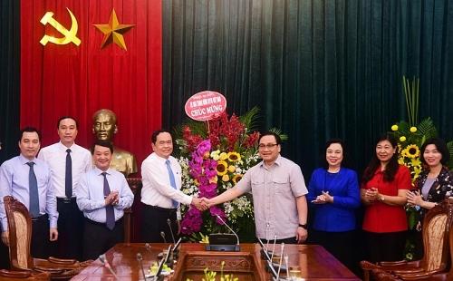 Chủ tịch Ủy ban Trung ương Mặt trận Tổ quốc Việt Nam chúc mừngNgày giải phóng Thủ đô