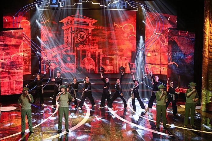 Tổ chức chương trình nghệ thuật đặc biệt ''Hà Nội - Huế - Sài Gòn''