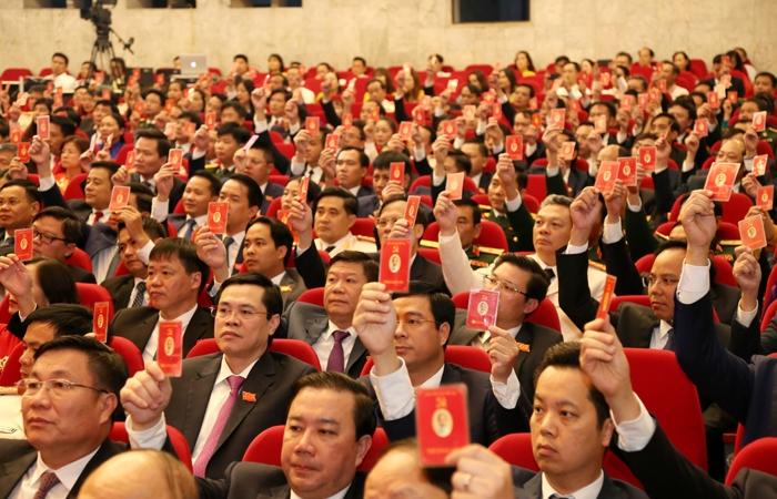 Bầu 71 đồng chí vào Ban Chấp hành Đảng bộ thành phố Hà Nội khóa XVII