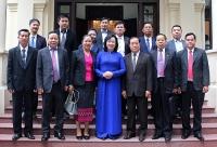 Đồng chí Ngô Thị Thanh Hằng tiếp đoàn đại biểu Ban Tuyên huấn Thủ đô Viêng Chăn