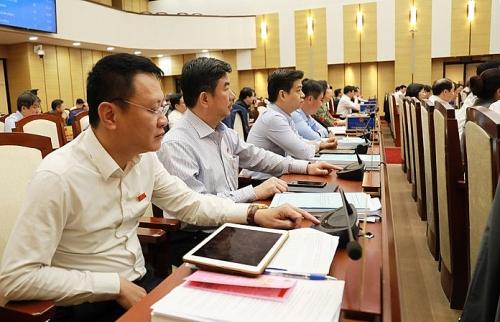 Thông qua Nghị quyết bãi bỏ 2 mức phí về trích lục hộ tịch