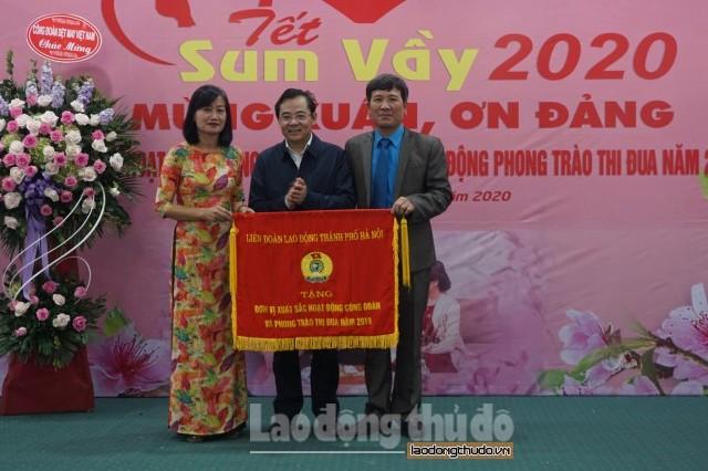 Công đoàn ngành Dệt May Hà Nội: Nâng cao lợi ích cho đoàn viên và người lao động